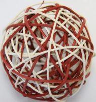 Ratan ball 8cm červená/bílá